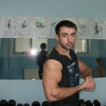 biceps pozing1 150x150 Тренировка Бицепс, Трицепс, Кардио