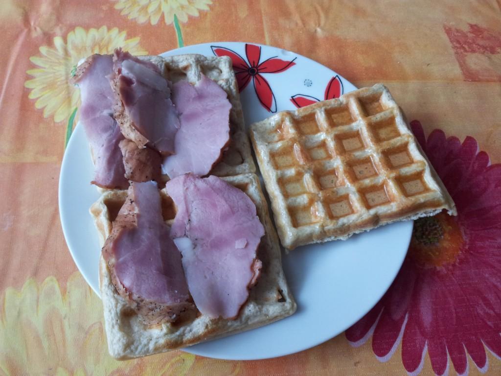 2011 08 03 10.35.17 1024x768 Протеинови гофрети   новата ми закуска