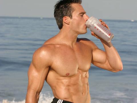 post shake Бързи въглехидрати след тренировка?