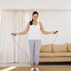 Как въжето за скачане помага на Вашето тяло